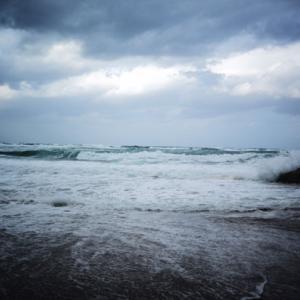 こんな海を目の前に・・・