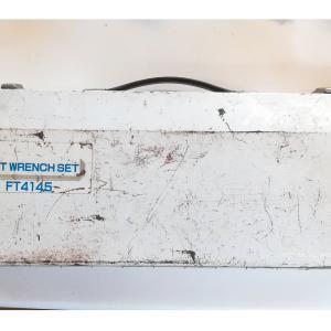 残念だったソケットレンチ TONE Finetool FT4145(廃盤)