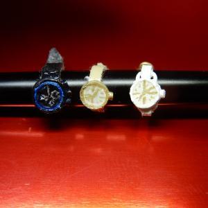キューポッシュ と ねんどろいどどーるの腕時計を計3個作る