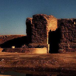 砂漠の果ての古代都市!植民都市・ドゥラ・エウロポス!絶壁の直下はユーフラテス川!