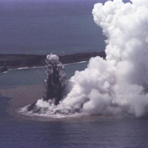 新・西ノ島!復活する生命!相次ぐ噴火・奇跡の島となった!東京都で「天地創造」!