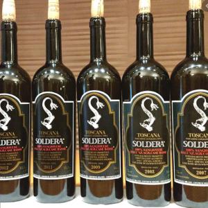 「トスカーナの宝」を見守る!ワインを作るにあたり、自然環境を丁寧に作り上げ!!