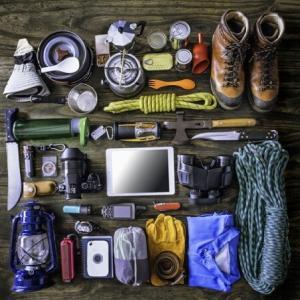 """登山の装備、軽量化を見直してみよう """"重さ""""は体力を消耗 ウエストポーチ必要ですか?"""