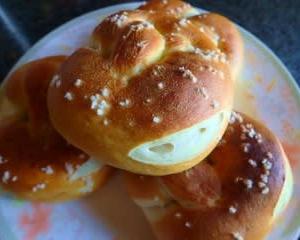 ドイツのパンを焼いてみた