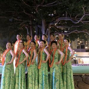 Team E Hula Mai