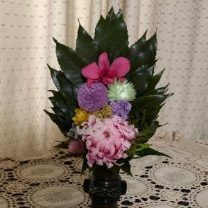 プリザ仏花…京都は明るい色合いで