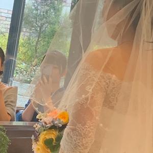 若いお二人の素敵な結婚式に呼ばれて