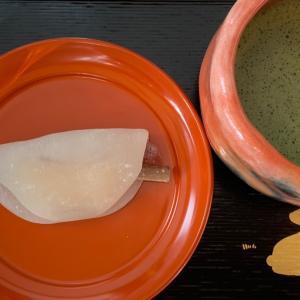 京都の和菓子…とらやさんの花びら餅