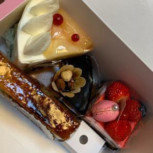 製作の合間に…トゥレドゥさんのケーキ