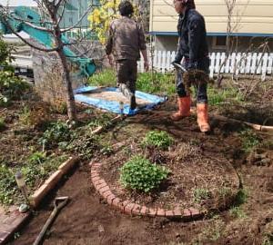 人工芝工事を行いました。 エクステリア工事専門店 ランドプラン