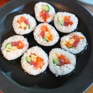 セリアの寿司型で巻きずし作りにチャレンジ!