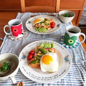 簡単ごちそうトーストで休日朝ごはん