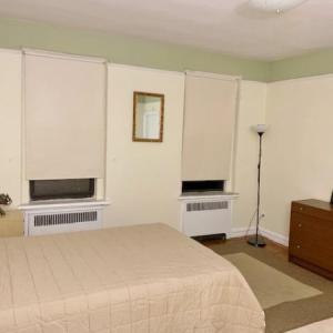 ☆便利なジャクソンハイツ☆家具付きの大きな個室☆二人入居可☆$800(光熱費込)(物件番号:16