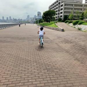自転車に並走して7kmのジョギング