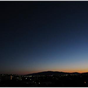 雲一片無い夕焼け空