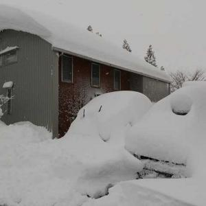 家の雪かきで登山道具が大活躍した日。