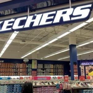 SKECHERSのアウトレットはお買い得!