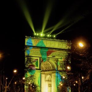 パリで年越し!!凱旋門のカウントダウンイベント攻略法!!