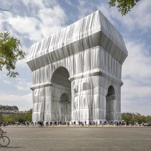 凱旋門をラッピング❣大規模アートプロジェクト
