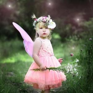 【キュウちゃんの妖精のお茶会のドレスコードは、生花で作った花冠✨】