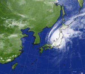 関東を休業状態にしたスーパー台風19号伊豆に上陸 成田、羽田、鉄道も