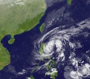 台風26号(ラモン)は勢力を維持したまま進路を北西に変更
