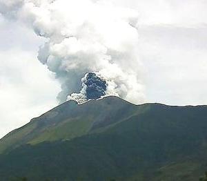 活発化するフィリピンの4つの火山
