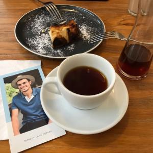 BREW BROS COFFEEへ香港大学近くのカフェ