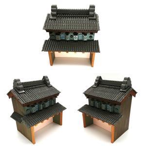 街道シリーズ川越の蔵造り№2本体の壁を組み立て屋根を貼り着色しました