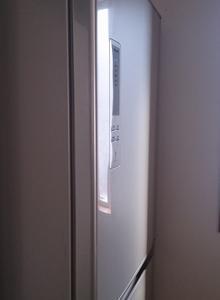 「時間がない時の大掃除」リスト3・冷蔵庫の底と上 │ 手作りハンディモップ登場【忙しくても大丈夫!】