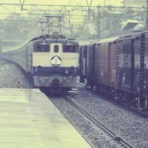 EF65 1108 富士 小田原通過