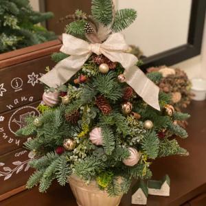 クリスマスツリー作りとワンダーデコール