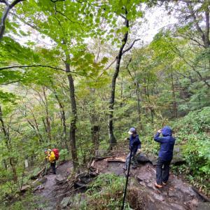 雨の中のトレッキング 赤城鍋割山