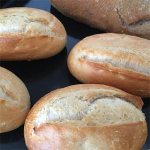 【毎朝焼きたて】常温保存パンで買い物頻度を減らす
