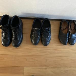 【ミニマルワードローブ】靴が3足に