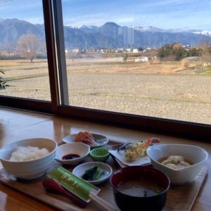 安曇野市「四季彩ひかりこ」新鮮素材を使った手作りの味をあなたに。