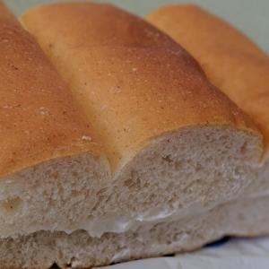 松本市「アガタベーカリー」のパンの薫りがたまらない!パンダが目印の人気店!