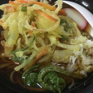 松本市「かけす食堂」は、温泉の敷地内にあるどこか素朴な絶品人気店!