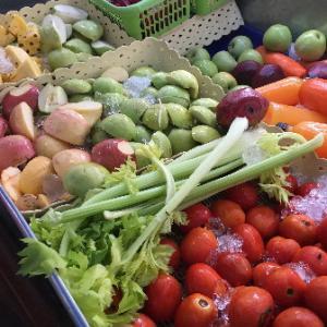 【南国タイ】フレッシュな絞りたてフルーツ&ベジジュースでビタミン補給