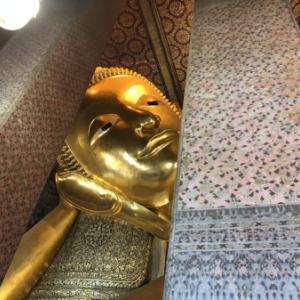 【8月タイ出張】早速のお寺周りです。ワットポー(涅槃像)& ワットパクナム