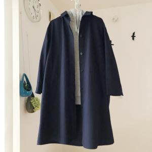 ユニクロでほぼ半額で購入できたコットンシャツコート。