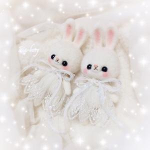 冬の妖精うさぎ☆未完成双子☆羊毛フェルト