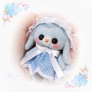 水色ロップリズちゃん☆水玉スカート☆羊毛マスコット