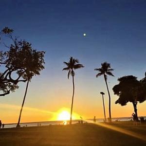 2019年12月ハワイ旅行記4日目 その16 ビーチパークの怖い月・・・
