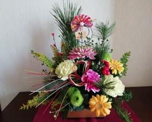 お正月花のアレンジメント