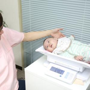 赤ちゃん用体重計は合格印付きです