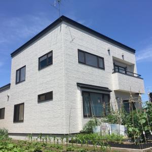 フラットな屋根も塗装が必要って知っていましたか?