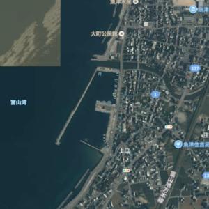 魚津補助港(富山県)ホタルイカ掬い