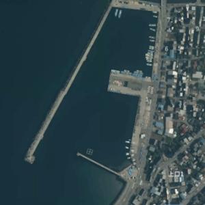 魚津補助港(富山県)ホタルイカ掬い 港内