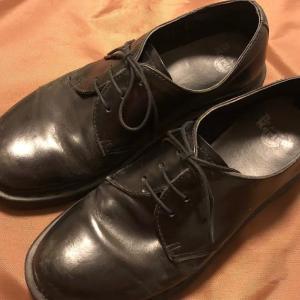 思い出の詰まったDr.Martensの革靴